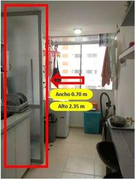 Puerta separadora cocina - lavanderia