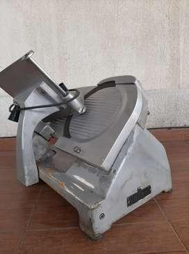 Maquina de cortar fiambres Marani