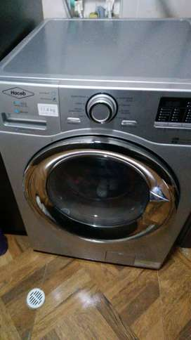 Lavadora Secadora marca Haceb