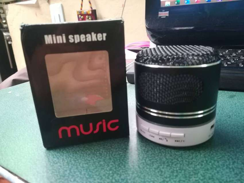 Mini Parlante Music USB Bluetooth 0