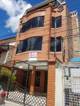 venta de edificio de 3 pisos con siete apartamentos y una tienda comercial bien ubicado ideal inversión sector san blas