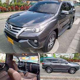 Toyota Fortuner Street, 2,7 cc, At, 4x2, 52.000 kms, mod 2017