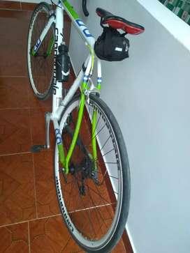 Hermosa bicicleta de ruta