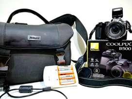 Se vende cámara profesional NIKON COOLPIX B500 (CON SELLO ORIGINAL) Usada como NUEVA