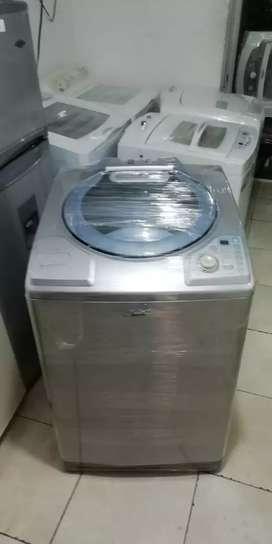 Lavadora 32 libras, buen estado, haceb, buen funcionamiento