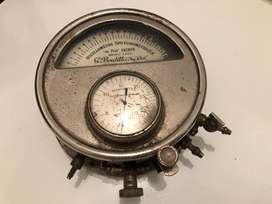 Tensiómetro Esfigmomanómetro Médico Antiguo