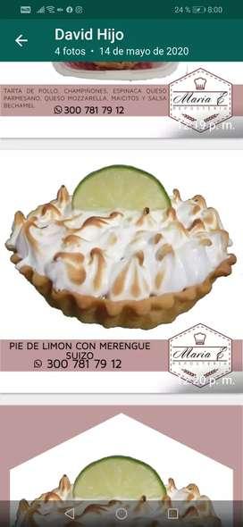 Pie de limón con cubierta merengue suizo