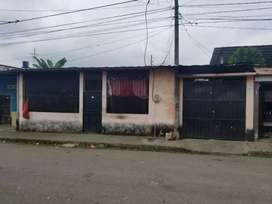 Vendo villa cn 3 dormitorios 1 baño sala súper amplia cocina amplia patio y garaje hasta 2m carros