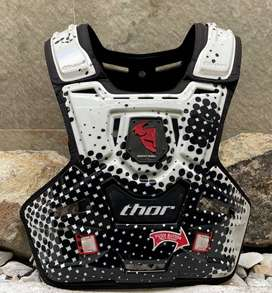 Vendo pechera motocross marca thor sentinel