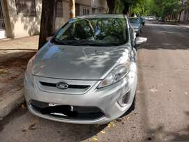Vendo fiesta kinetic titanium