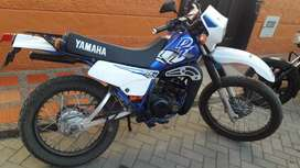 Vendo Dt 125 modelo 2000