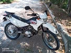En venta moto xtz 125 color blanco