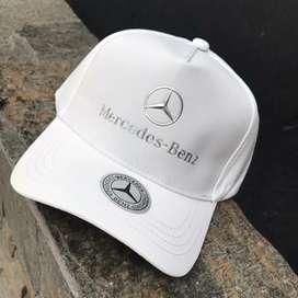 Gorras Mercedes Benz roja negra