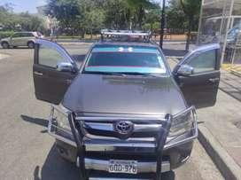 Toyota hilux doble cabina año 2008