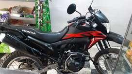Vendo honda xr 190 impecable poco uso , moto guardada