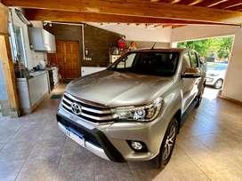 Toyota Hilux 4x4 Srx 2.8 Tdi 6A/T (177cv)