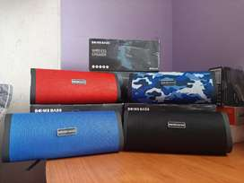 PARLANTE BOOM BASS BLUETOHH RADIO FM USB