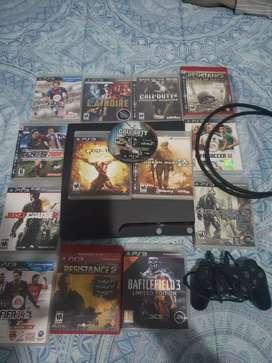 Vendo PS3 + 14 juegos físicos y 3 digitales