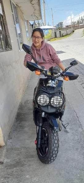 Vendo linda motoneta