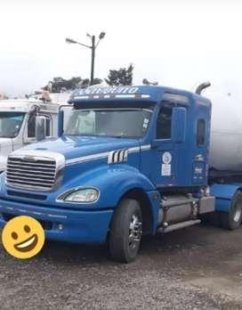 Se vende trailer marca Freightliner