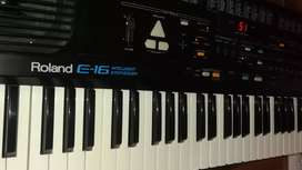 PIANO ROLAND