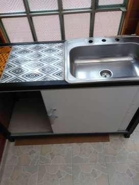 Lavaplatos con mueble espectcular y negociable.