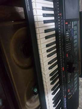Vendo teclado Yamaha psr500