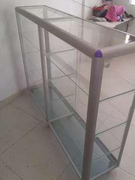 Vitrina de aluminio de 150 × 1m