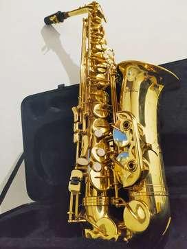 Saxofón Alto Scala Italy