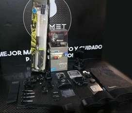 Cámara GoPro Hero 4 Silver con muchos accesorios
