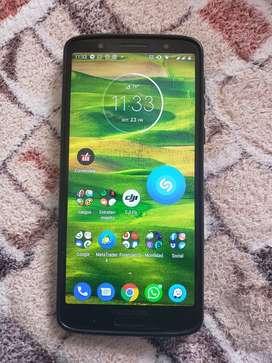 Motorola G6 Plus como nuevo CON CAJA