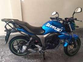 Moto Suzuki gixxer excelente estado