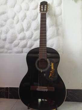 Guitarra Takamine Clasica acustica tipo española No Electroacustica