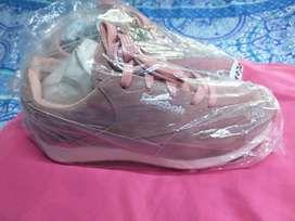 En venta calzado talla 39
