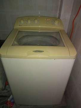 Se vende lavadora usada