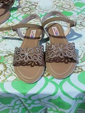 Hermosas sandalias