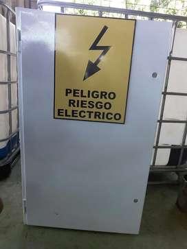 Caja de Distribucion Electrica Trifasica