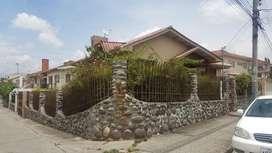 venta casa hermosa amplia de 2 apartamentos, área verde, 4 garaje, crédito aprobado cristorey el sagrario bellavista