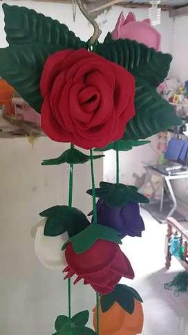 Colgantes de flores de fomi