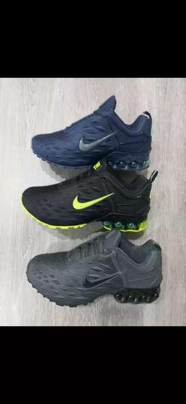 Tenis Nike Air Ultra caballero