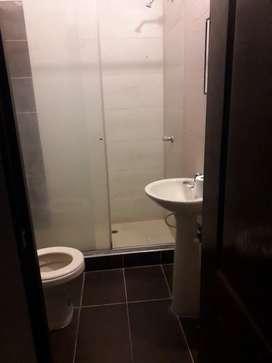 Arriendo  2 piso