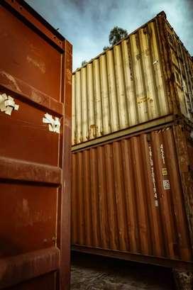 Container de 40 y 20 pies