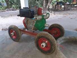 "Vendo Motobomba Diesel 10 HP 2""X2"" con manguera."