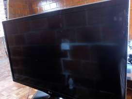 """Tv LG de 24"""" en perfecto estado"""