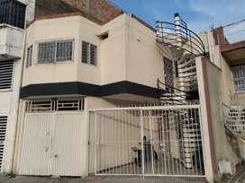 Hermosa casa segundo piso, excelente ubicación, amplia y cómoda