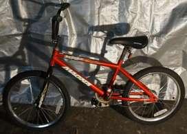 Bicicleta BMX MAGNA