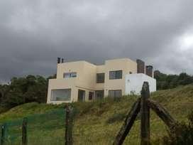 Vendo Casa para Remodelar en  Yerbabuena