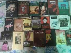 Lote de 34 libros