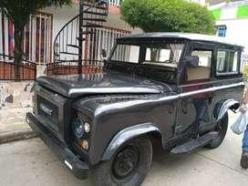 Land Rover Santana M 79