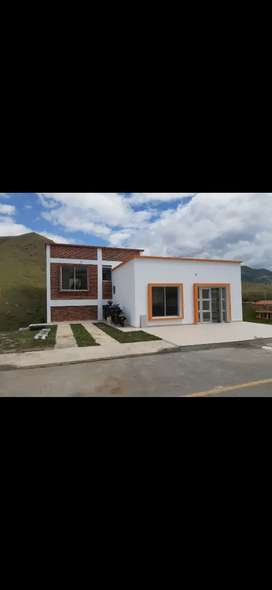 Vendo casa de campo en Chachagui o lotes en conjunto cerrado